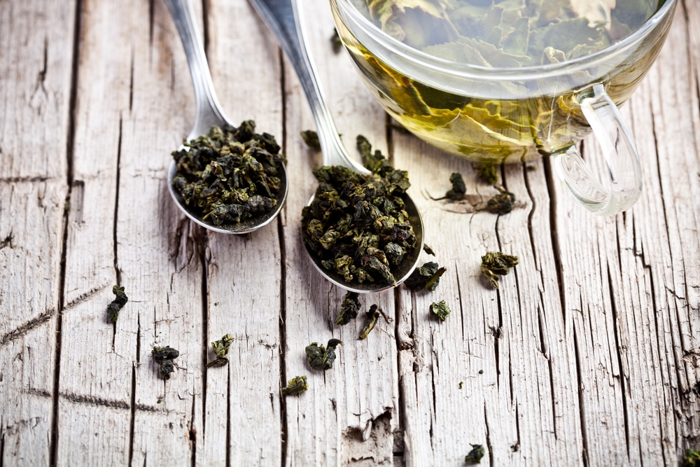 Thés verts à Nanterre - Sainthé - Thés verts, noirs, blancs, Oolang, Rooibos, Tisanes, Infusions et accessoires pour le thé - Thés artisanaux.